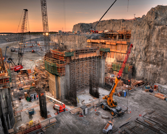 construction des centrales Brisay-Laforge
