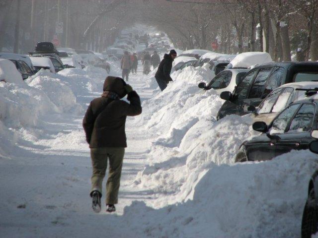 Lendemain de la veille : le pelletage, 2e sport national d'hiver des Québécois