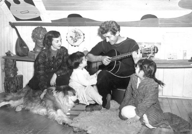 Félix et sa petite famille dans les années 50 du XXème siècle