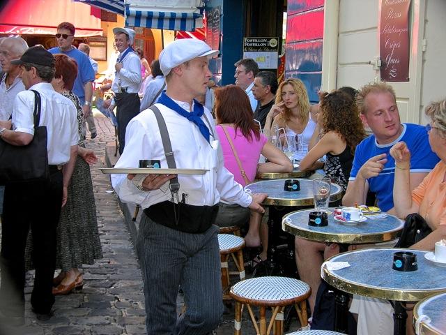 Café à Montmarte - T-Bear