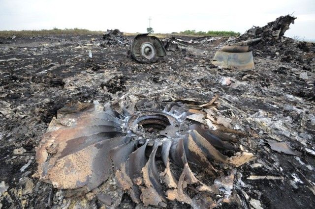 le-site-du-crash-du-vol-mh17-en-ukraine-le-18-juillet-2014
