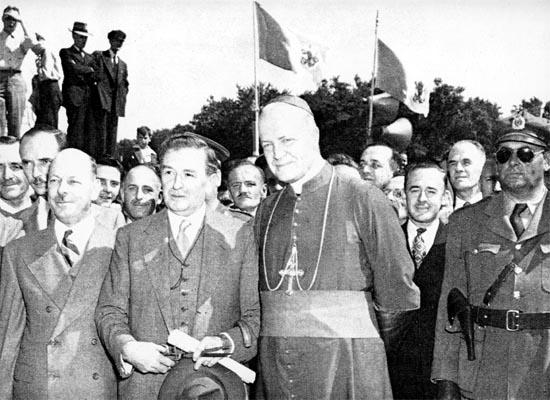 Collusion de l'église et de l'état sous la dictature démocratique de Duplessis, il n'y a même pas 70 ans.