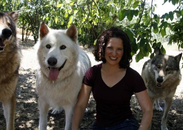 Dorothy Hearth avec les loups