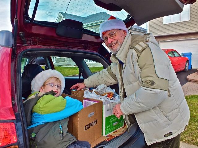 passage au porte à porte de la guignolée avec les enfants - archives T-Bear