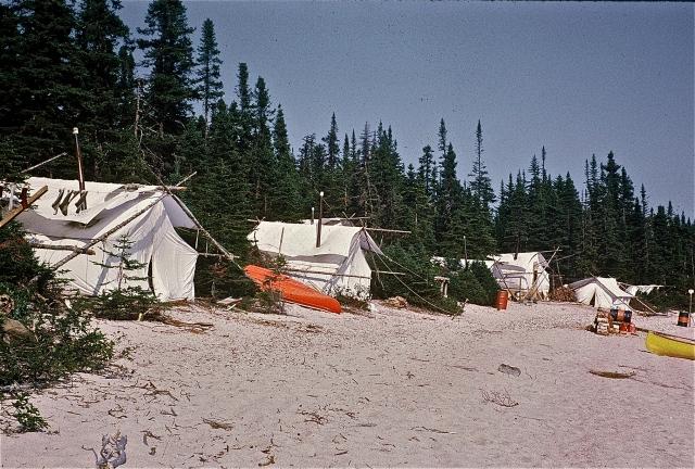 camp d'exploration - Photo Jacques Cardin