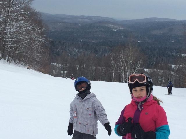 Les petits enfants de T-Bear au ski - photo Sara