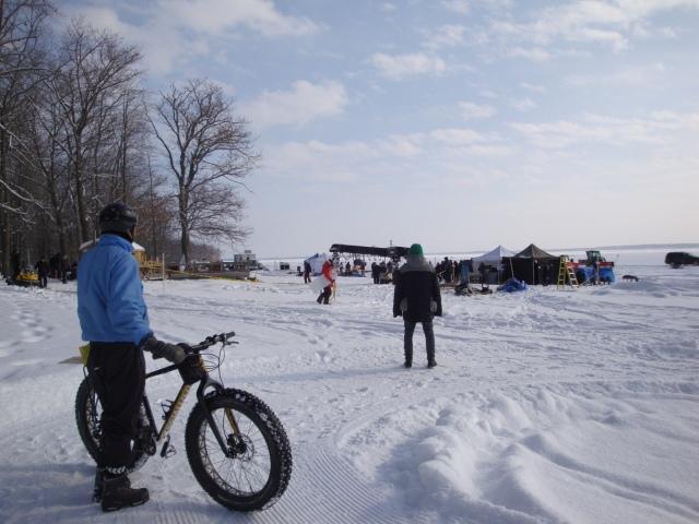 Tournage d'un fil par -20° au Parc d'Oka - photo Madeleine