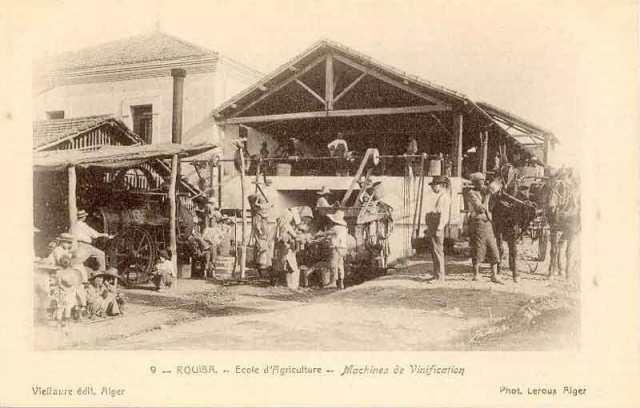 école d'agriculture de Rouiba fondée par Nicolas Décaillet  et administrée par Françoise Décaillet née Mélia, son épouse.