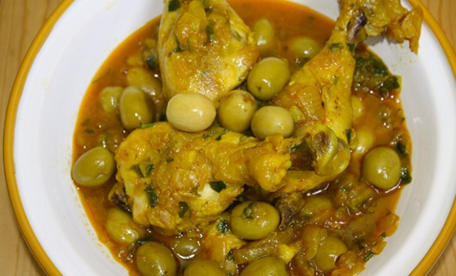 recette-marocaine-tajine-poulet-olives