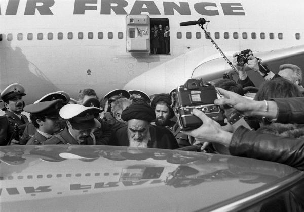 Arrivée à Téhéran de l'Ayatollah via un avion de Air France