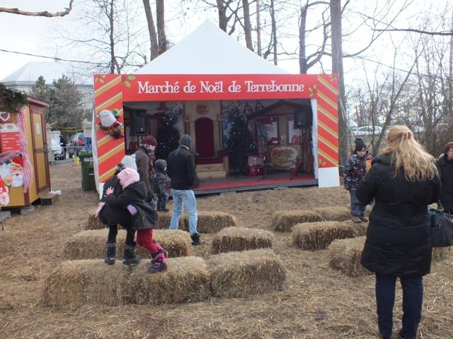 tristounet le marché de Noël sans neige cette année - T-Bear
