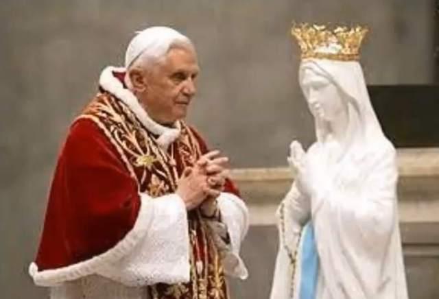 pope-benedict-xvi-mariolatry