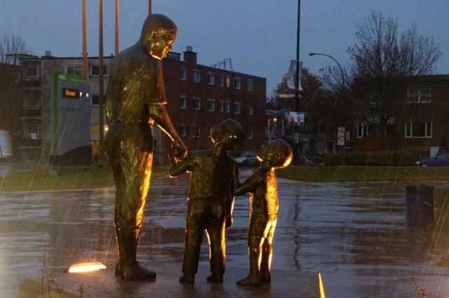 Sculpture de Arrtchie Robertson - photo publiée dans Actualité du 1 novembre 2009