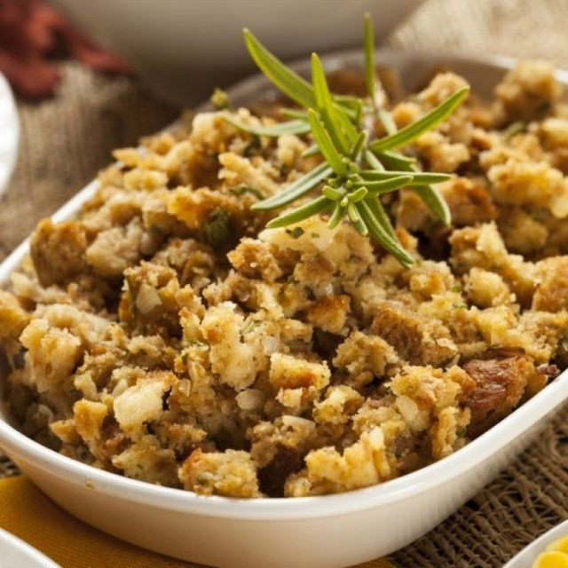 2014-thanksgiving-stuffing-topped-turkey-casseroles-recipes-f73588